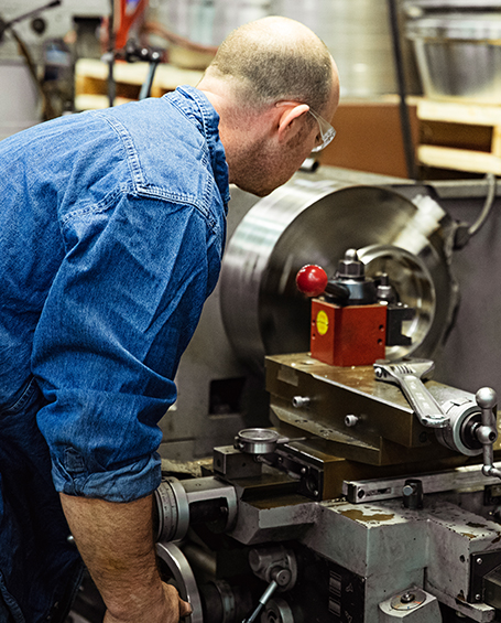 Alternate-Content-455x565_0001_Centrifuge-Repair-Maintenance